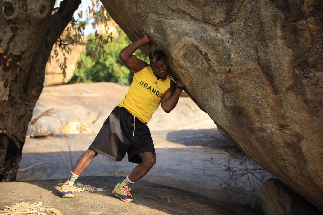 Golola trying to push one of the boulders at Fort Patiko